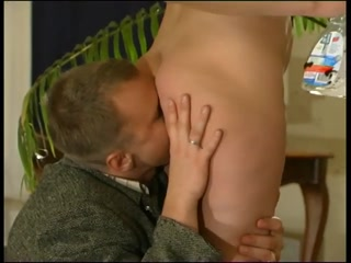 Порно видео зрелой мамки, которая любит ебаться