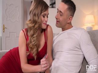 Порно видео с грудастыми женщинами, которые любят сосать хуй у мужиков в пизду