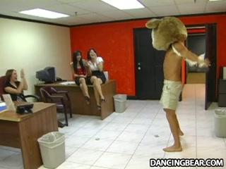 Секс-кастинг девушек с большими сиськами, что любят сосать
